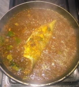 Masala Mackerel in Curry Leaves & Tamarind Gravy