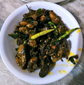 Oysters Fried in Tamarind Sauce