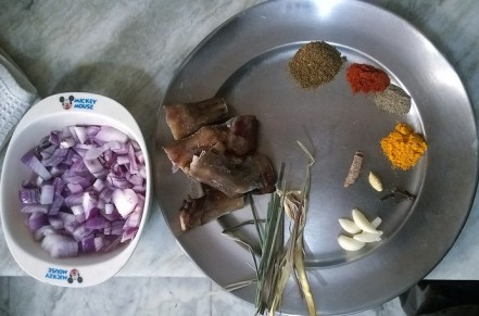 Ingredients of Paya Shorba